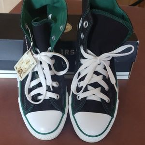 Converse All Star Chick Taylor High tops box